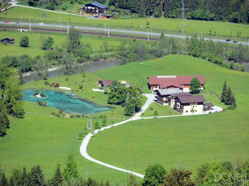 Jugendhotel Schlosshof